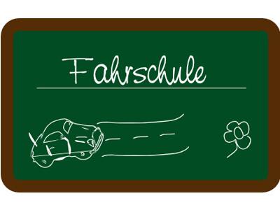 Auf einer Tafel werden in der Fahrschule die verschiedensten Sachverhalte dargestellt.